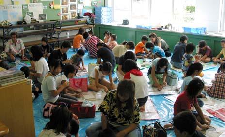 山階小学校で親子ふれあい陶芸